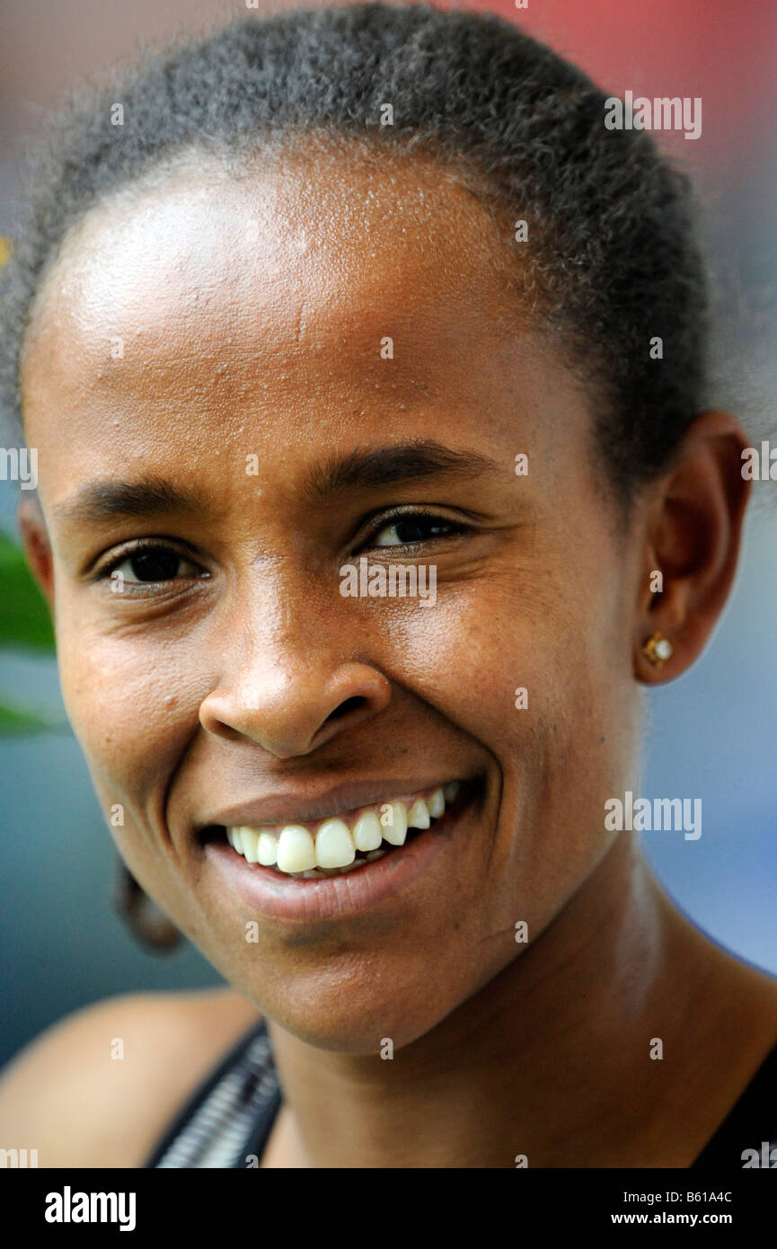 Meseret DEFAR, ETH, 3000m, first place, at the IAAF 2008 World Athletics Final for track and field in the Mercedes - Stock Image