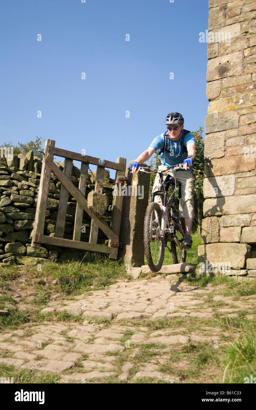 Mountain biking in the  Peak District National Park Derbyshire Stock Photo