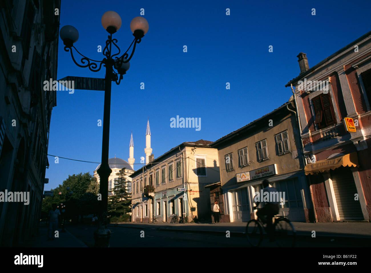 Street scene in Shkodra, Albania 1994 - Stock Image