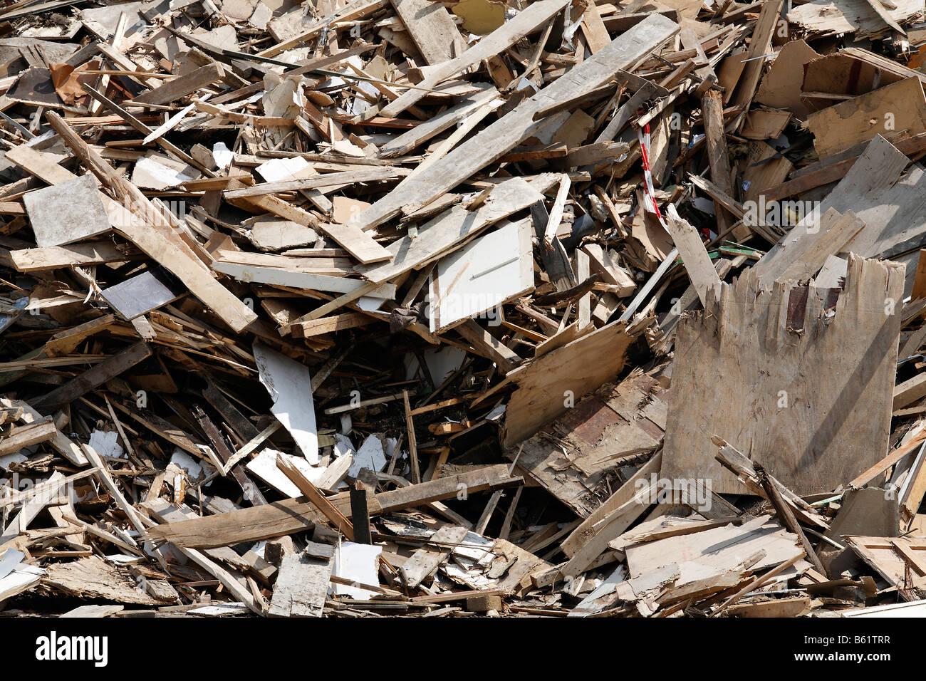 Stockpile of waste timber, timber recycling, Krefeld-Uerdingen, North Rhine-Westphalia, Germany, Europe - Stock Image