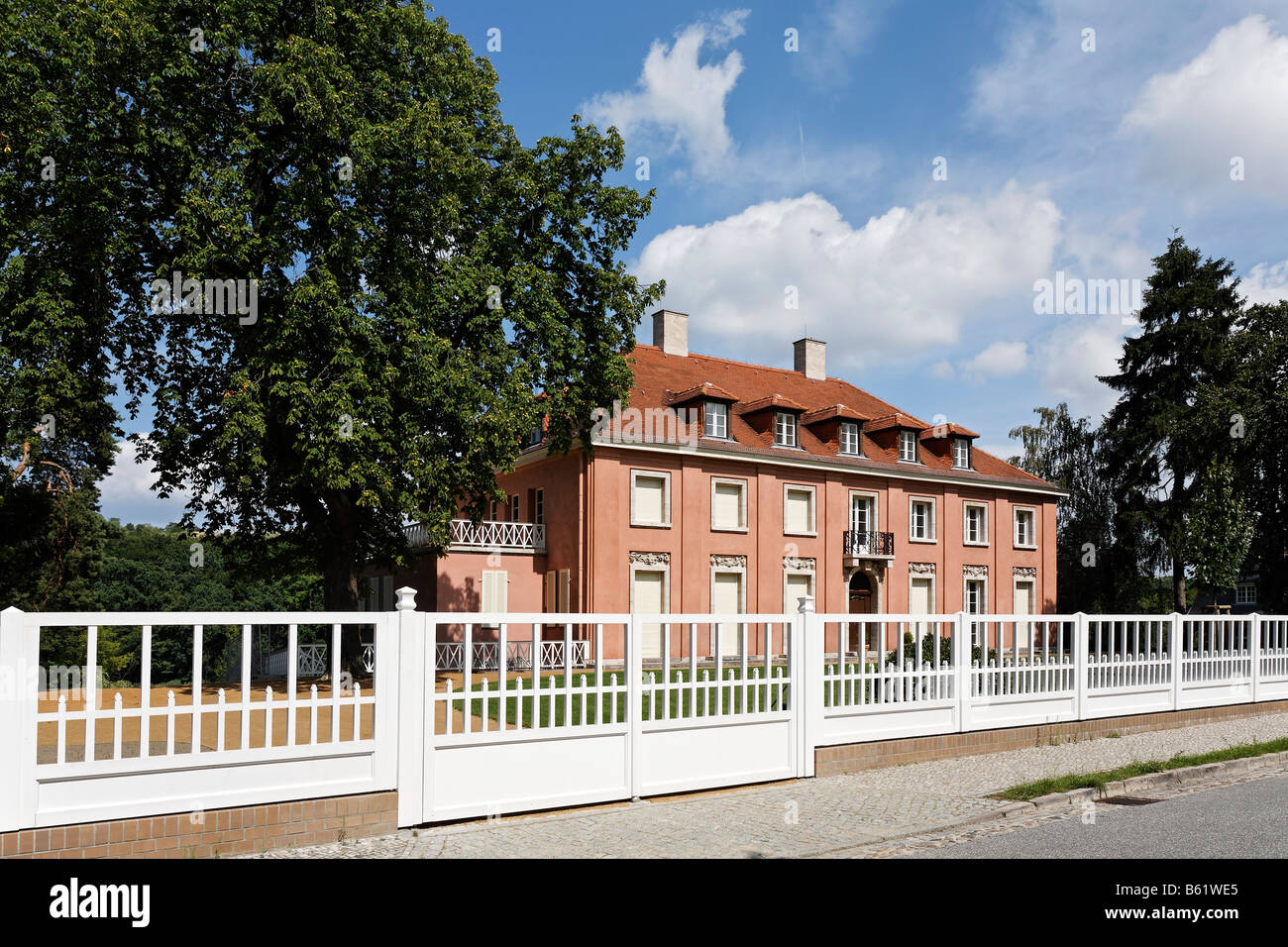 Villa Mies Der Rohe mies der rohe stock photos mies der rohe stock images alamy
