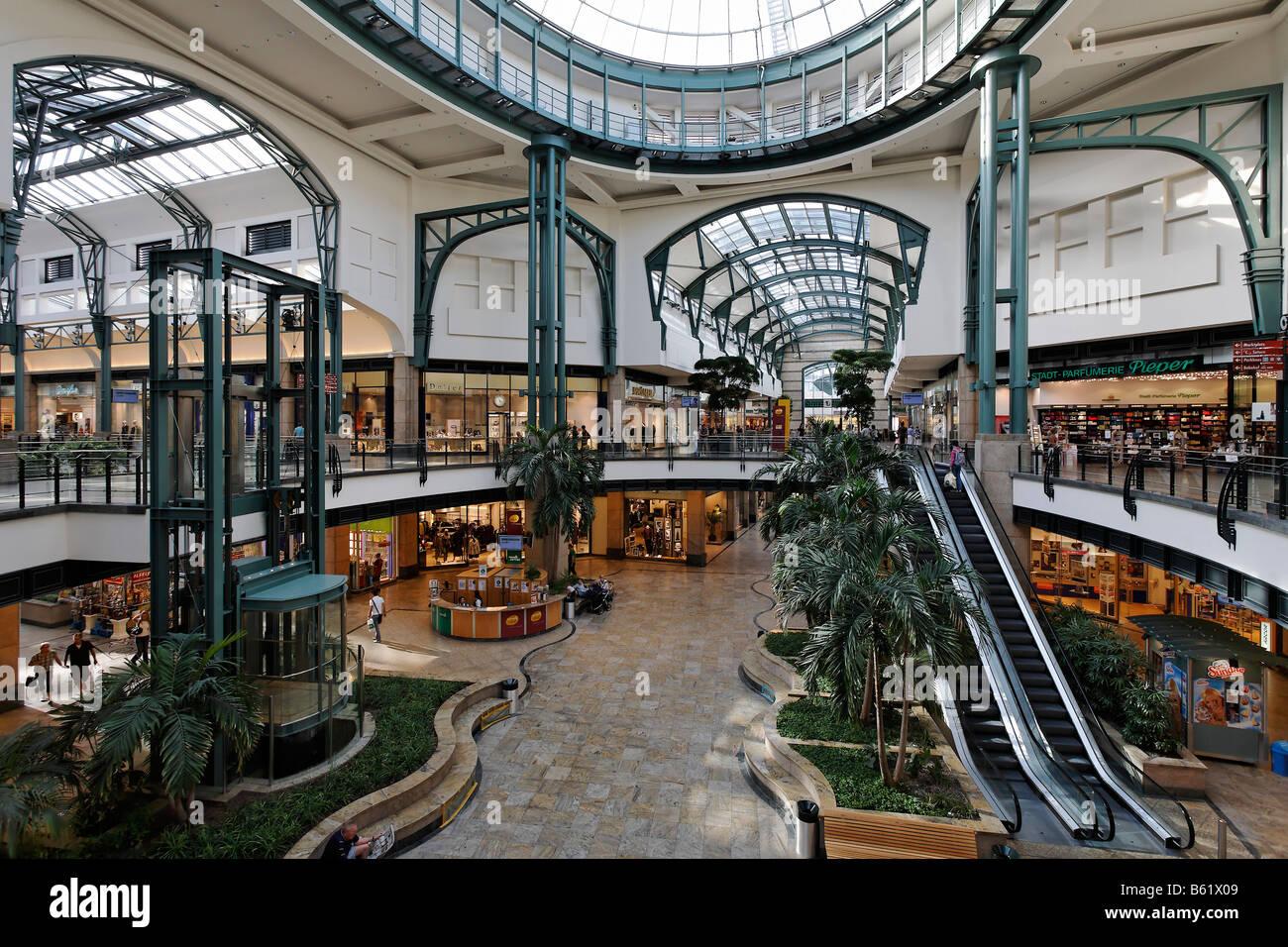 Luchs Center Oberhausen : centro domed hall in the shopping centre neue mitte ~ Watch28wear.com Haus und Dekorationen