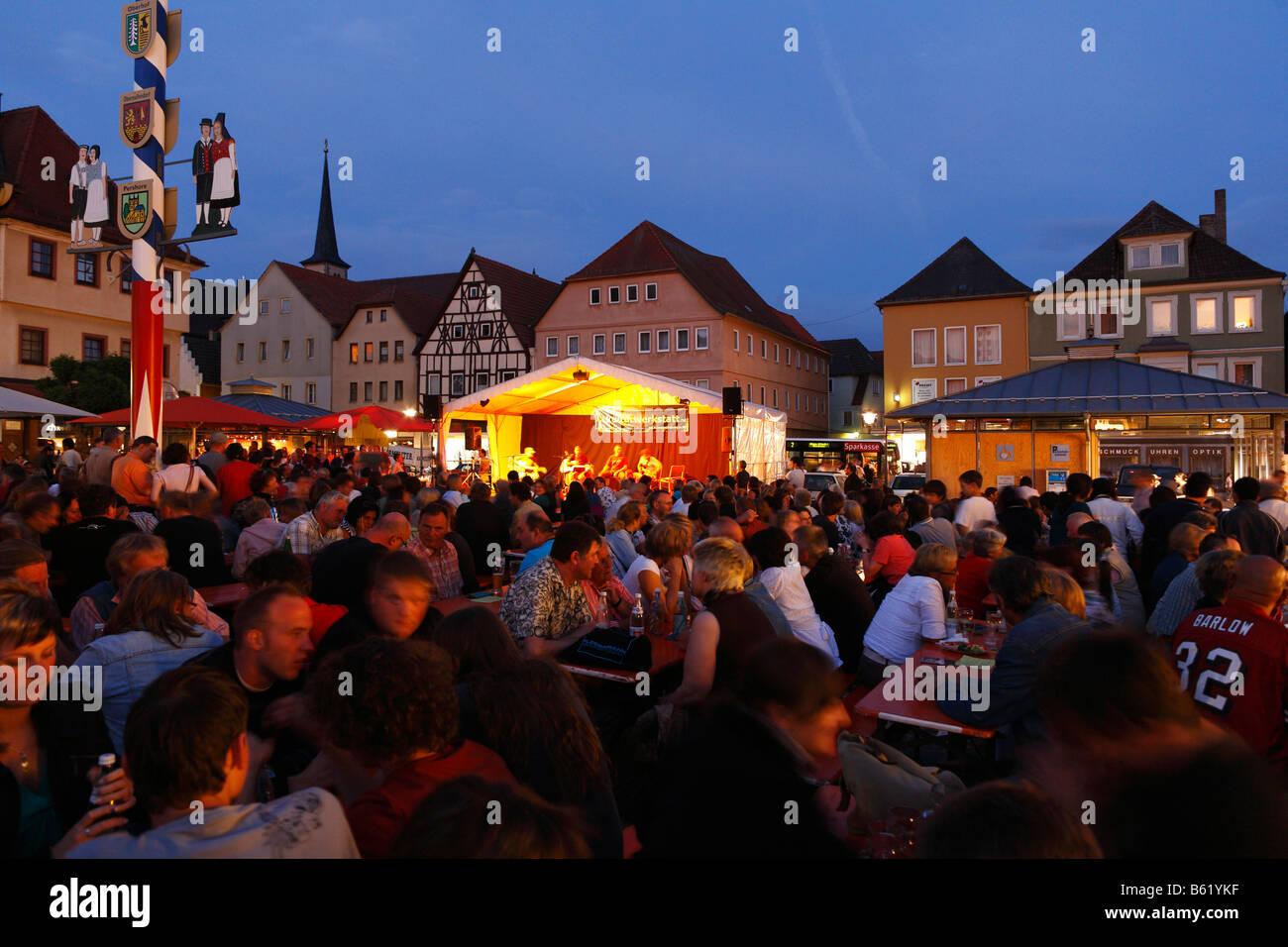 Market square summer Thursday night concerts, Bad Neustadt an der Saale, Rhoen-Grabfeld, Lower Franconia, Bavaria, - Stock Image