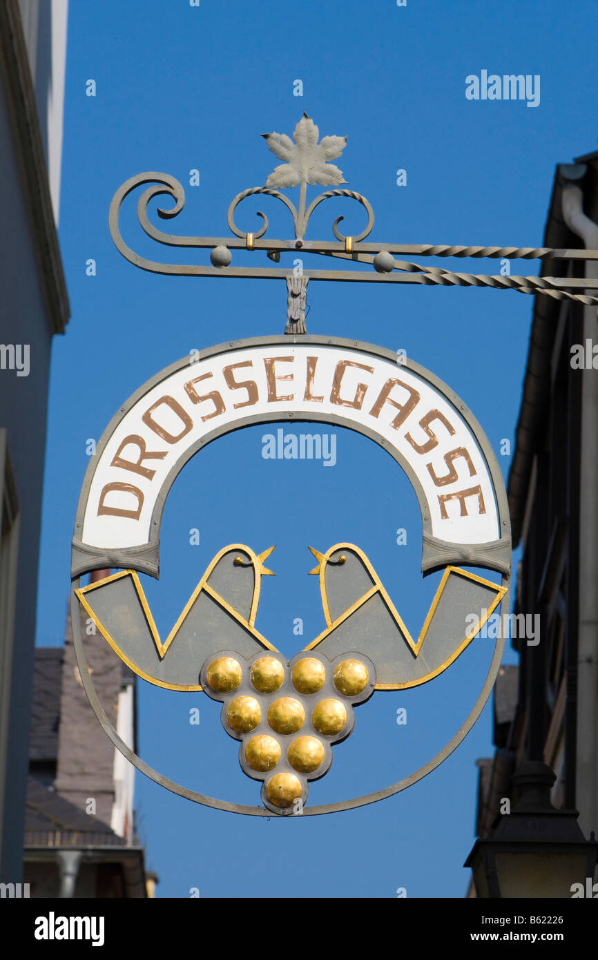 Drosselgasse Sign, alleyway tourist attraction with restaurants and souvenir shops, Ruedesheim, Hesse, the Rhinegau, - Stock Image