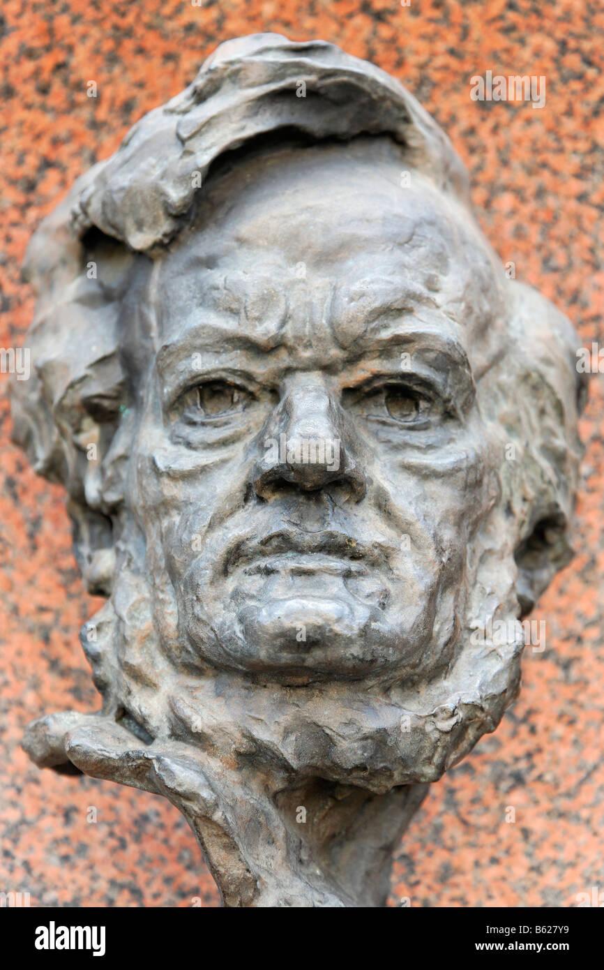 Bust of Richard Wagner, Nuremberg State Opera, Nuremberg, Middle Franconia, Bavaria, Germany, Europe - Stock Image