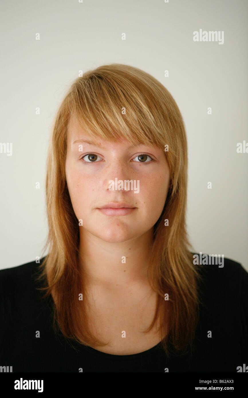 15-year-old Girl Wearing No Makeup Stock Photo: 20950779
