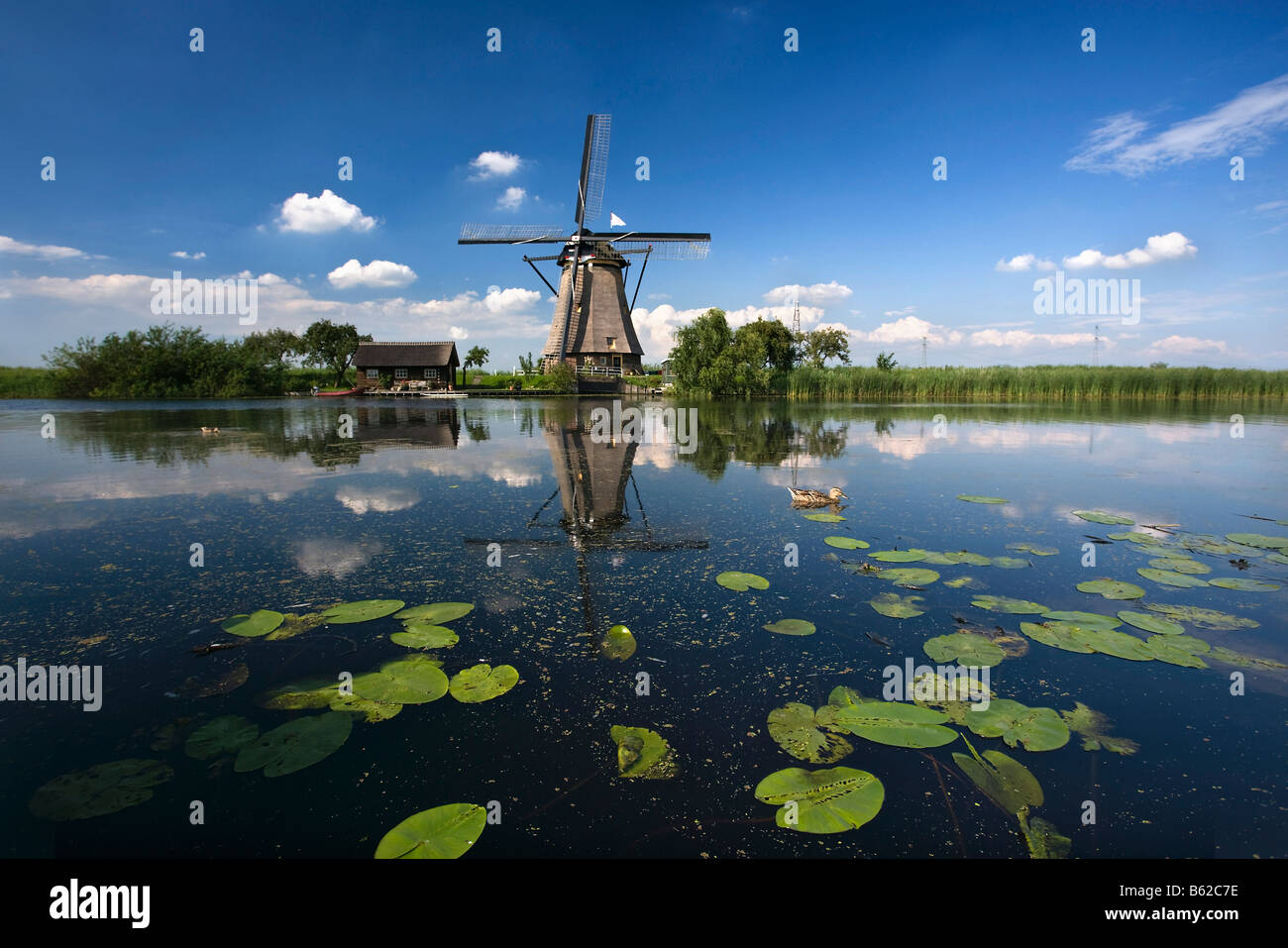 Netherlands Zuid Holland Kinderdijk Windmills Unesco World Heritage Site - Stock Image