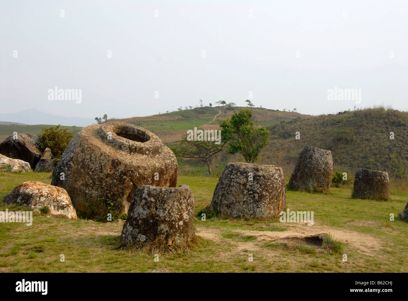 Numerous enormous jars, monoliths made of stone, Plain of Jars, Xieng Khuang Province, Laos, Southeast Asia - Stock Image