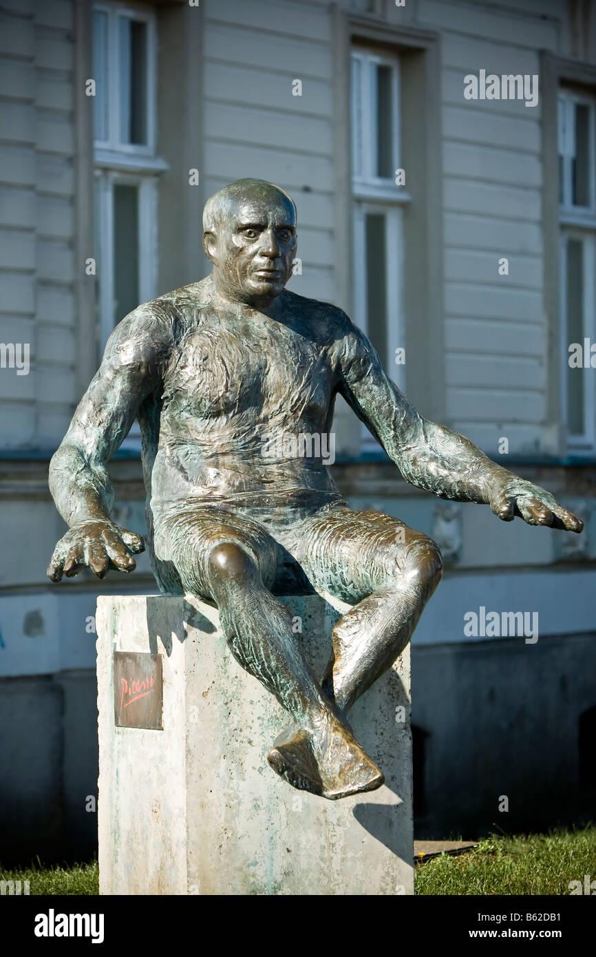 CROATIA, OSIJEK. Picasso statue in Osijek. - Stock Image