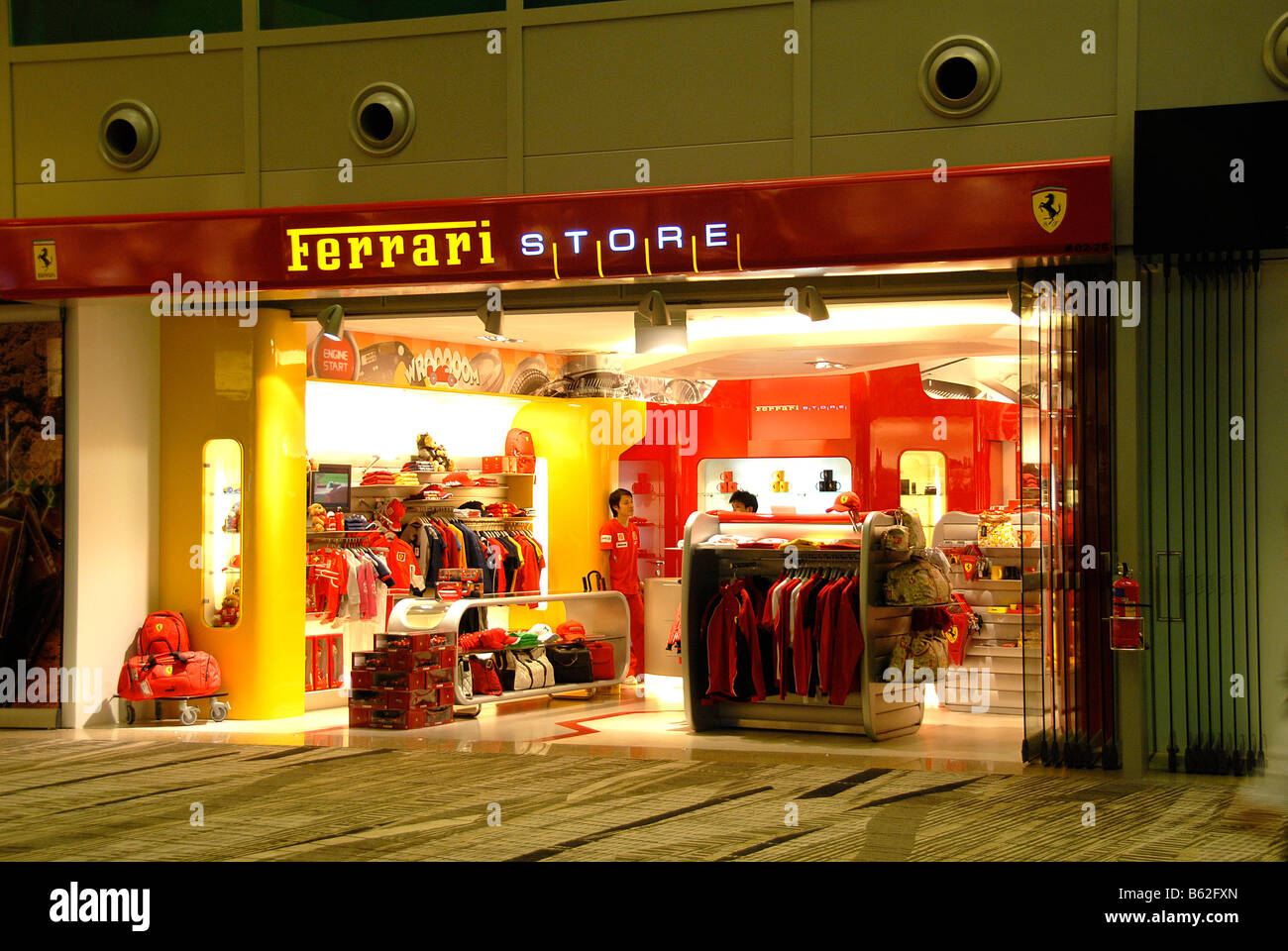 Ferrari Shop High Resolution Stock Photography And Images Alamy
