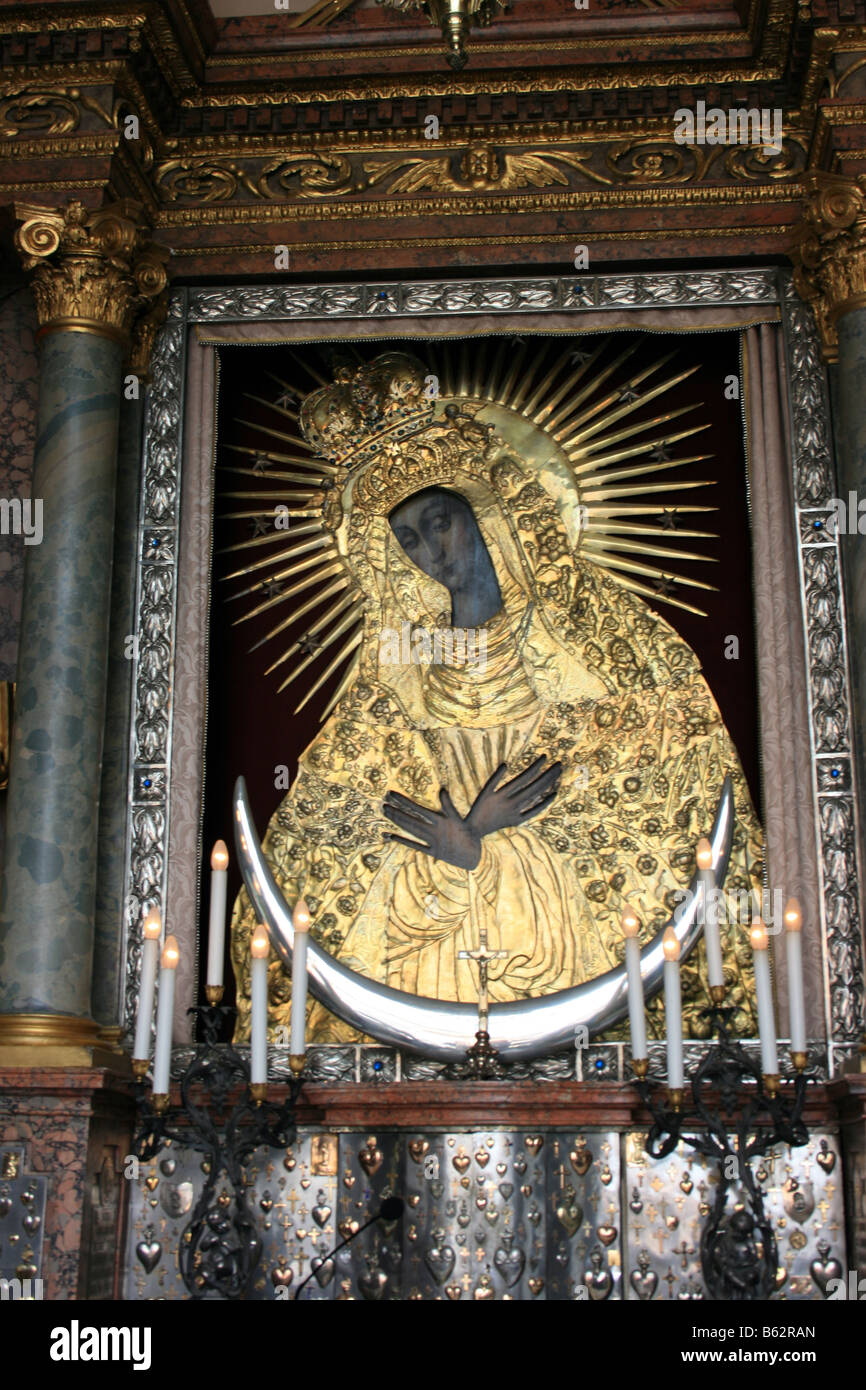 The painting of The Blessed Virgin Mary Mother of Mercy, Vilnius, Lithuania - Stock Image