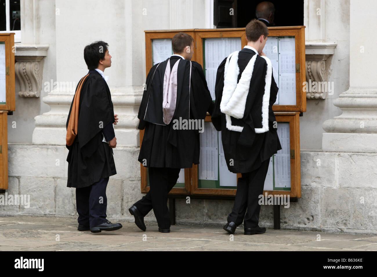 GRADUATION CEREMONY FOR STUDENTS AT CAMBRIDGE UNIVERSITY - Stock Image