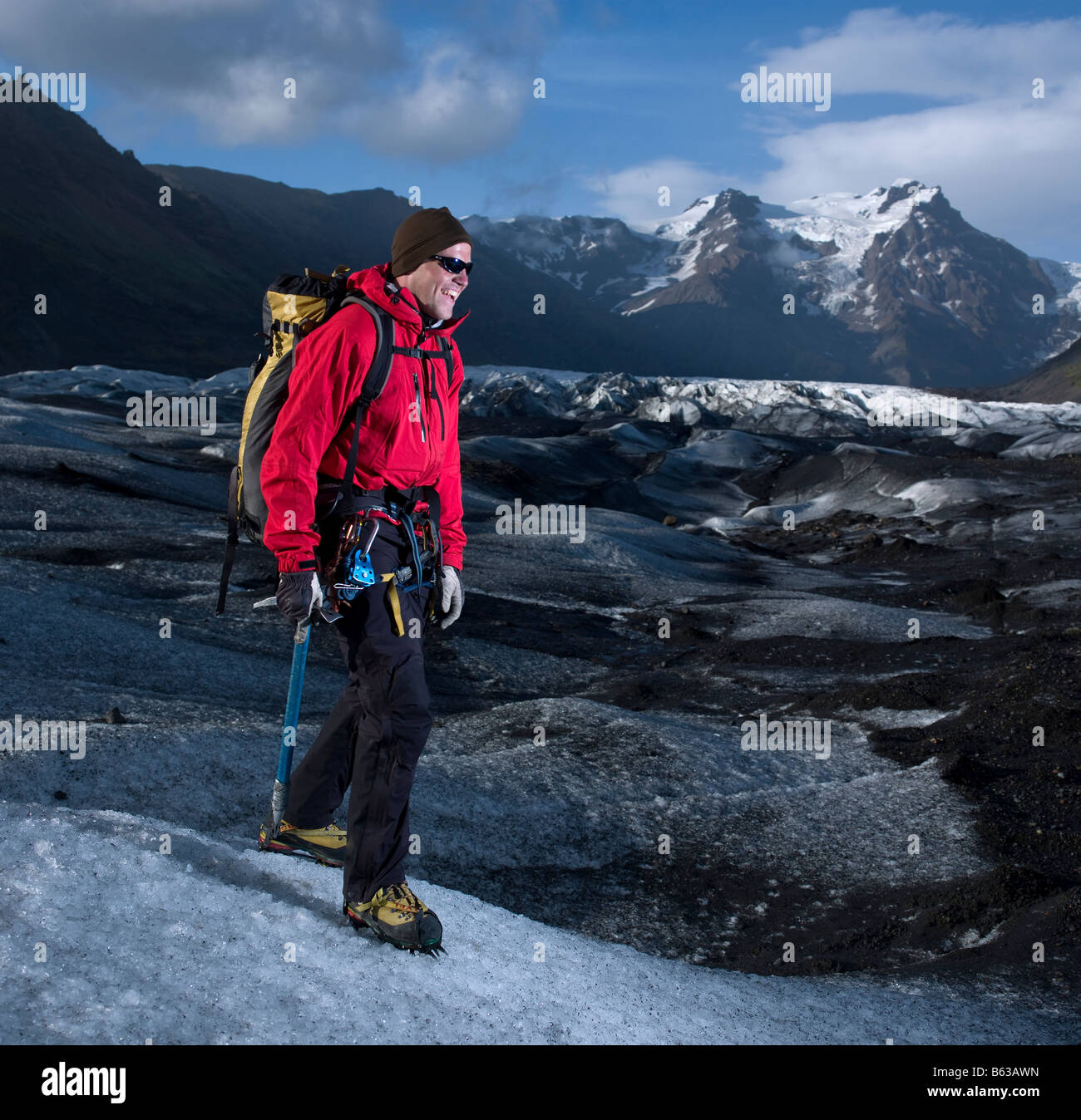 Hiking on Svinafellsjokul Glacier, Eastern Iceland - Stock Image