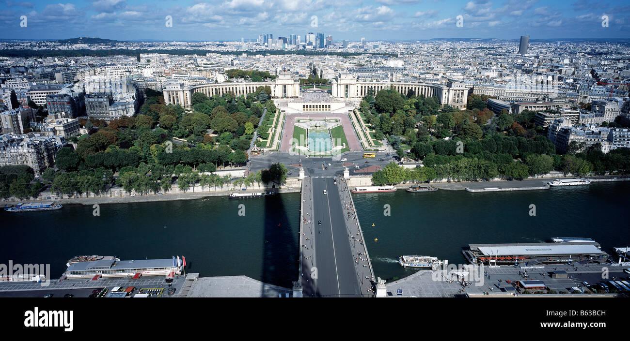 Palais de Chaillot, Trocadéro, Pont d'Lena, Seine River from Eiffel Tower, Paris, France Stock Photo