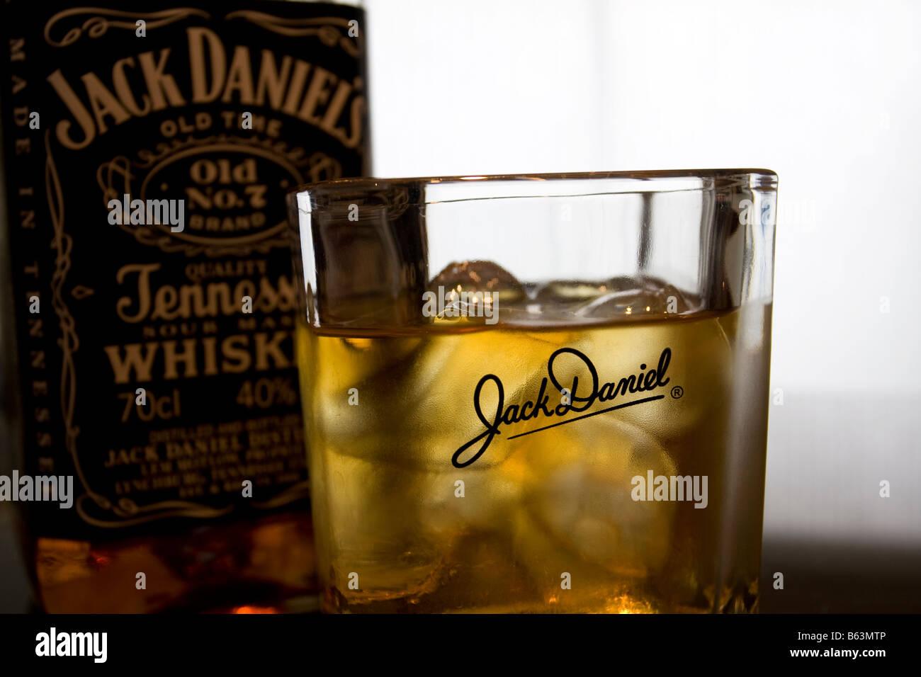 jack daniels on rocks stock photos jack daniels on rocks stock