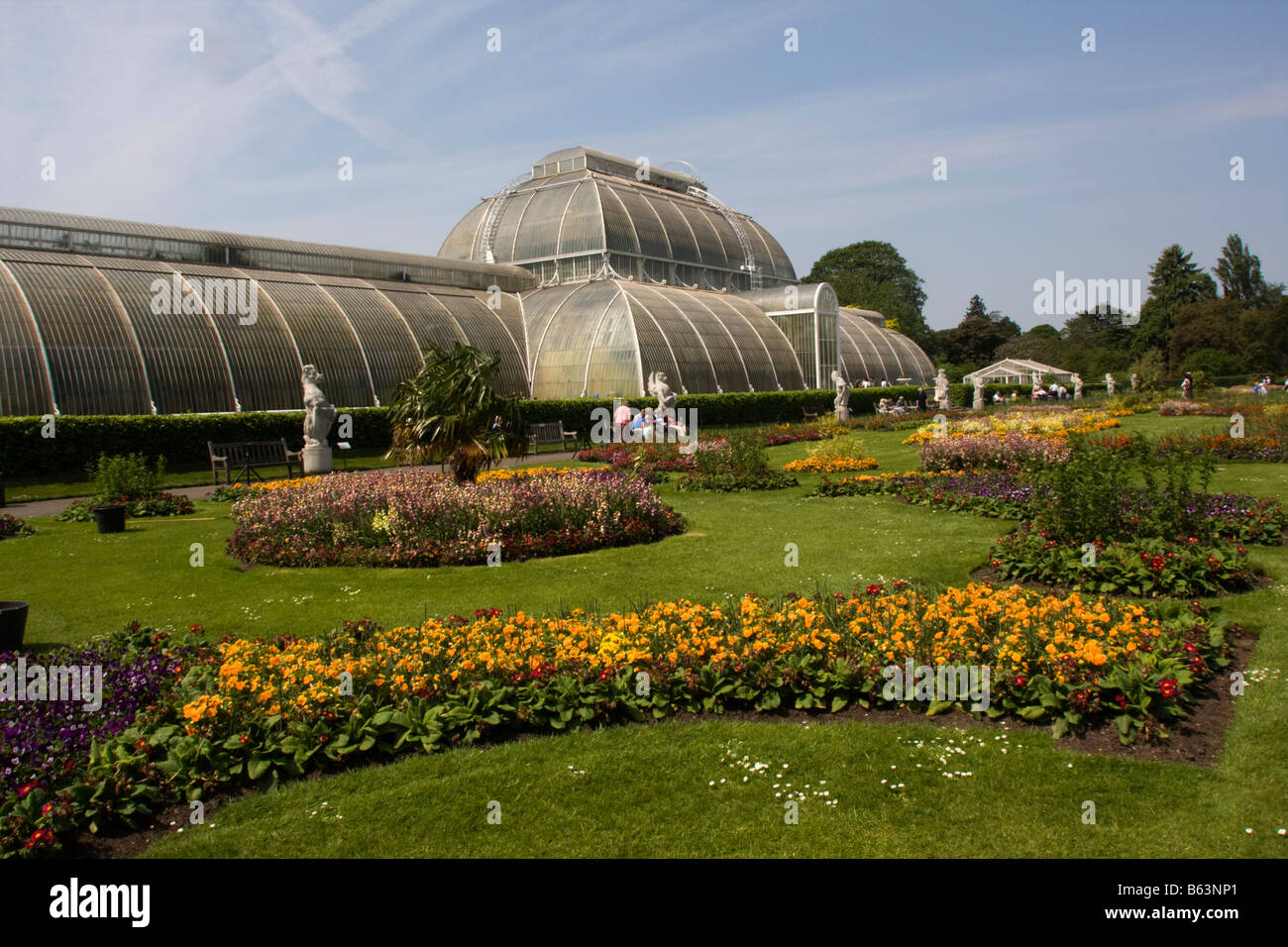 Palm House Kew Gardens London Stock Photos & Palm House Kew Gardens ...