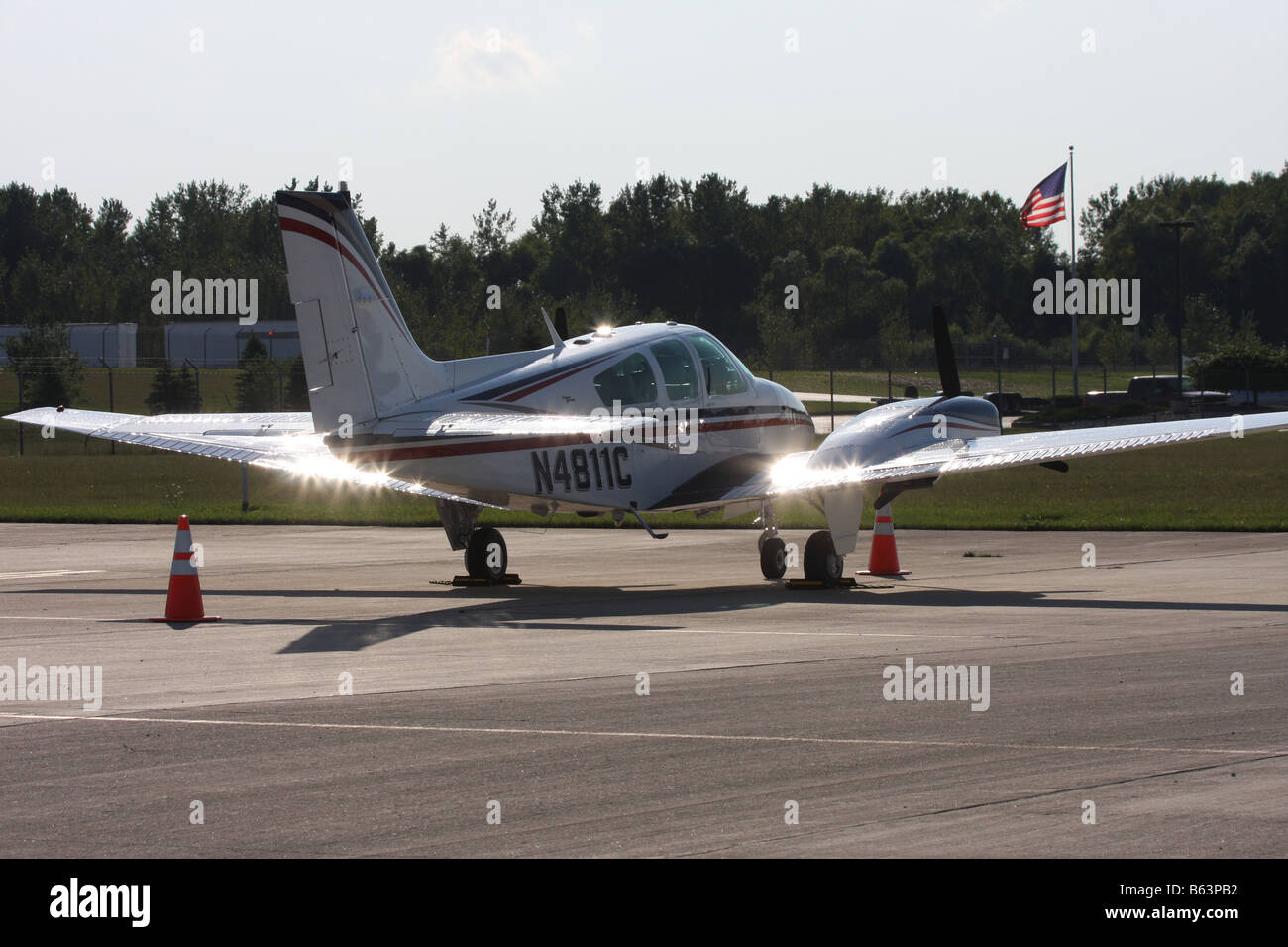 A twin engine Baron parked at Crites Airfield in Waukesha Wisconsin - Stock Image