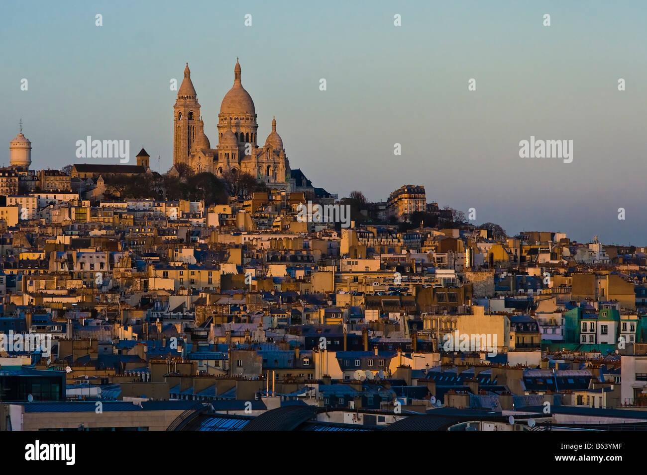 paris, europe sacre coeur view evening bluehour church katedrale - Stock Image