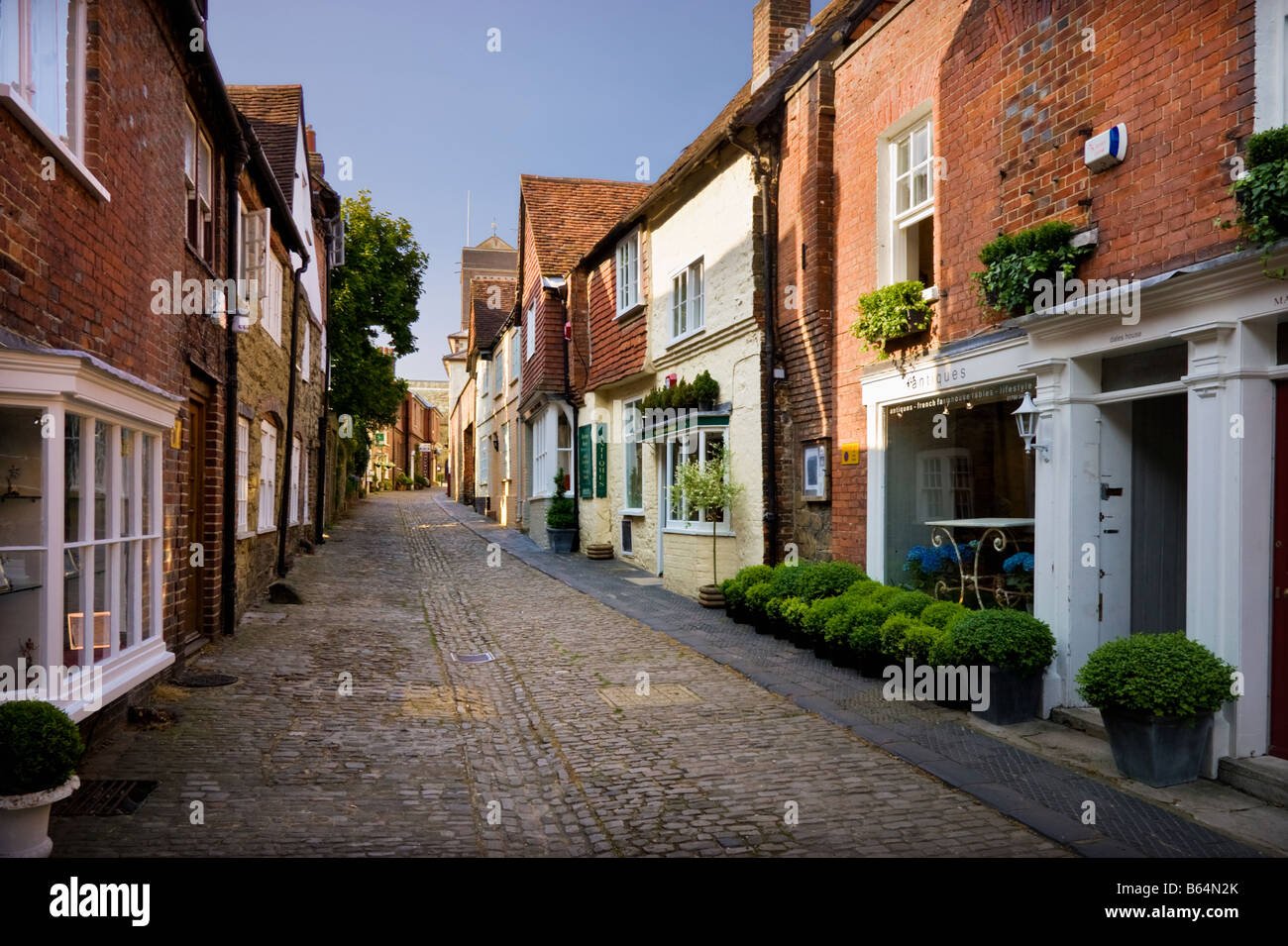 Petworth, West Sussex, UK - Historic Lombard Street, late afternoon in summer - Stock Image