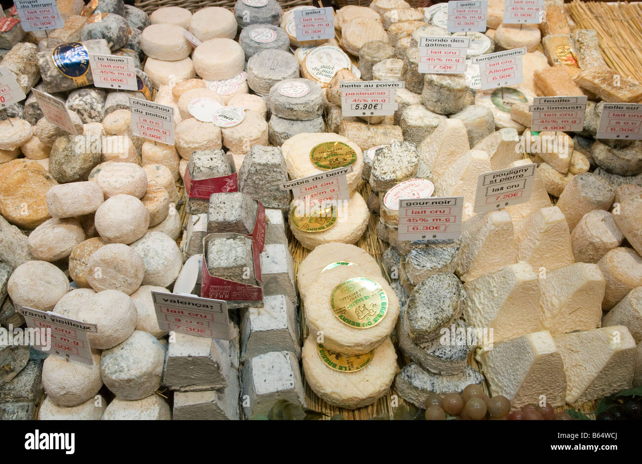 Various kinds of French cheeses - Stock Image