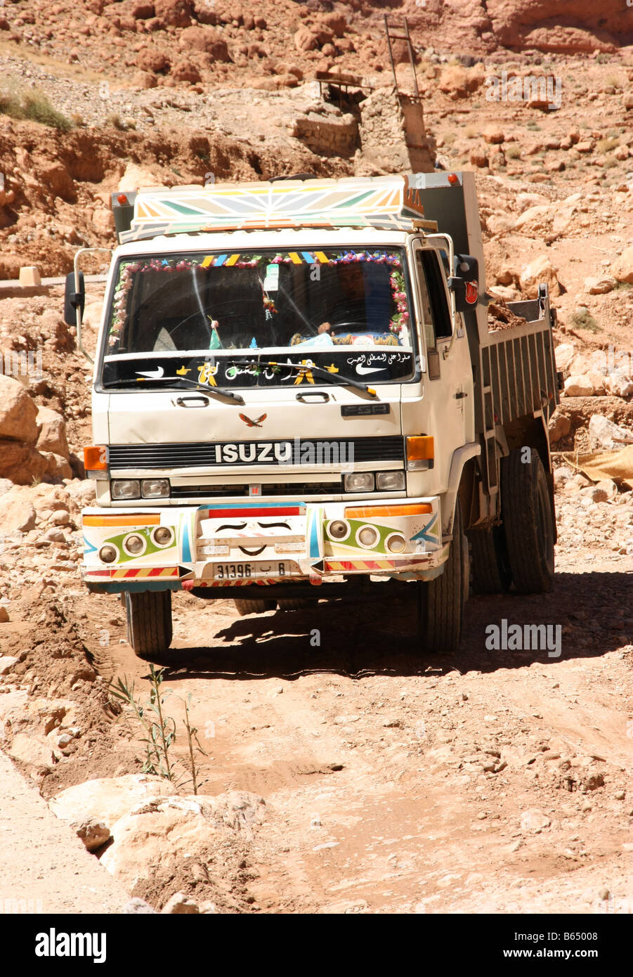 Isuzu Truck Stock Photos & Isuzu Truck Stock Images - Alamy