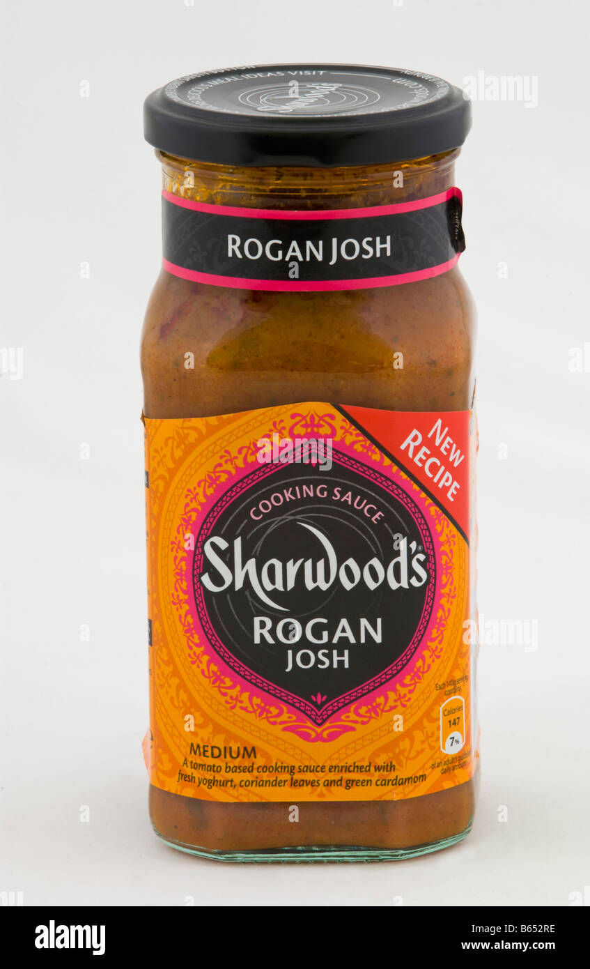 Jar of Sharwoods Rogan Josh medium curry cooking sauce sold in the UK - Stock Image