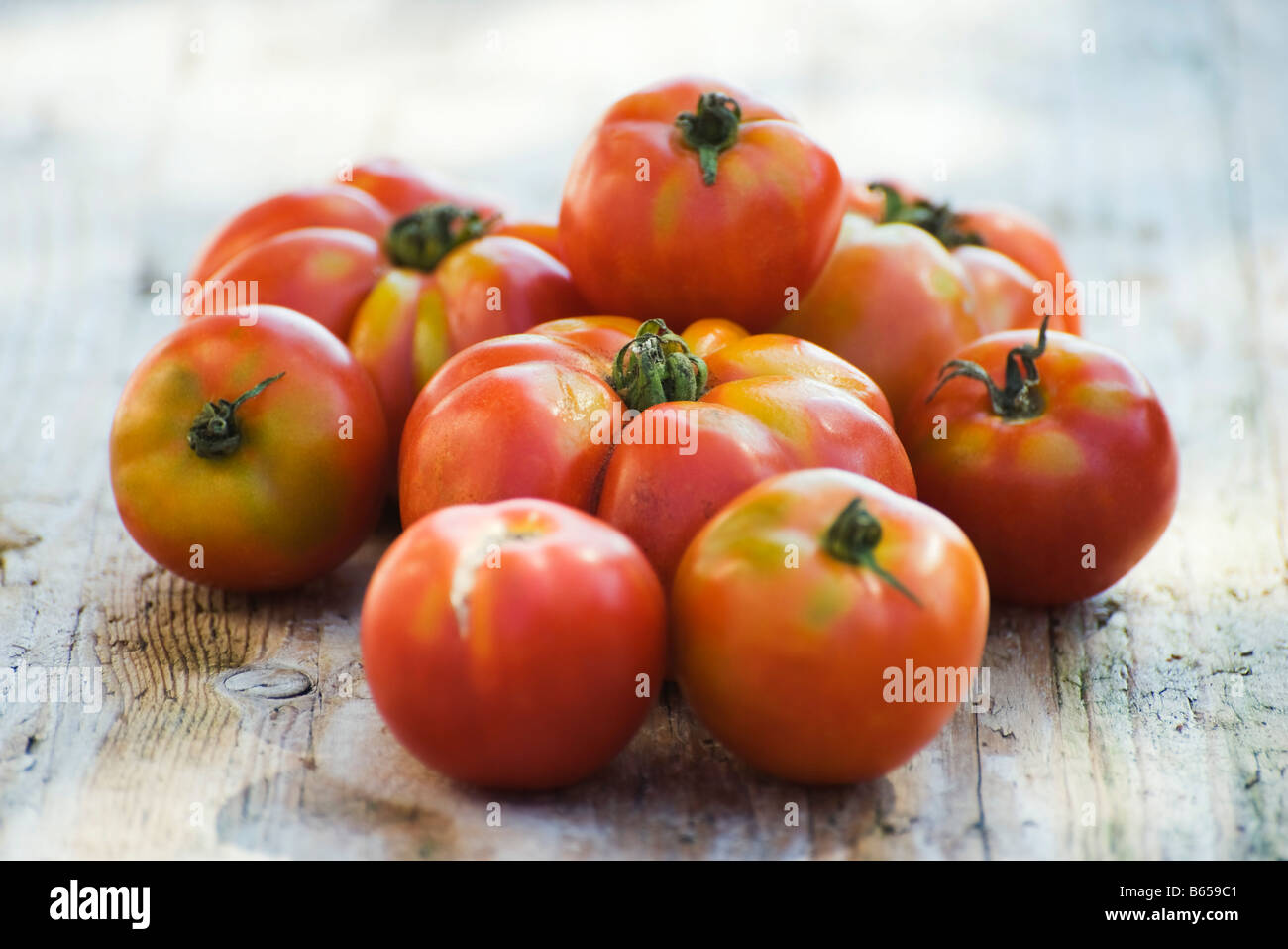 Pile of ripe tomatoes - Stock Image