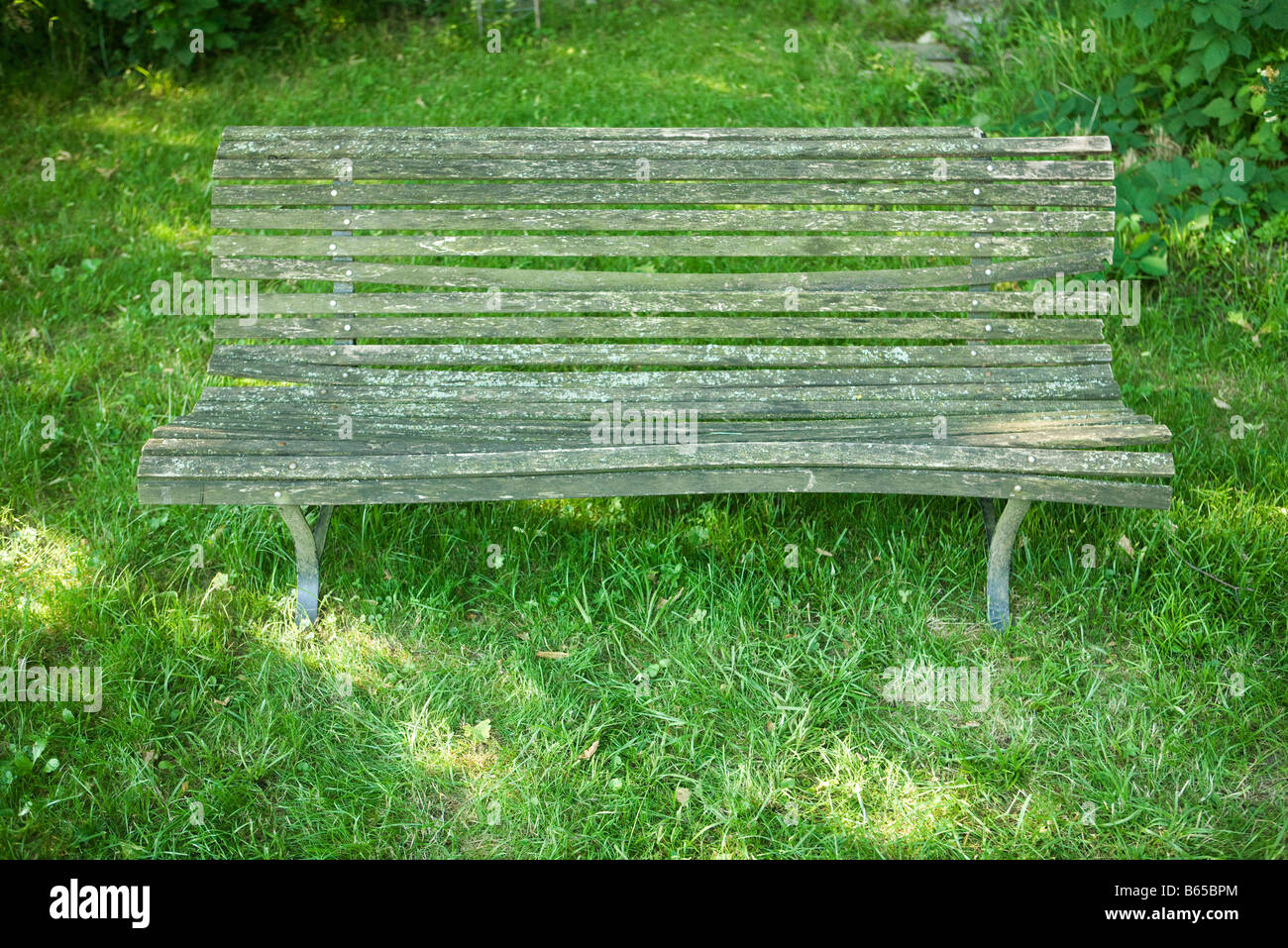 Old wooden bench - Stock Image