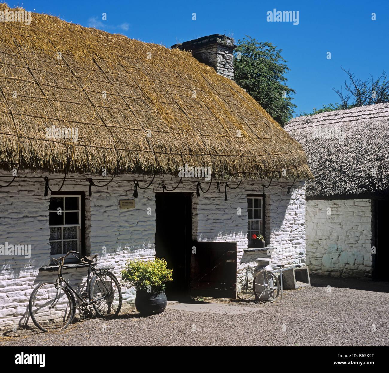 1381 Bunratty Castle Folk Park Co Clare Republic of Ireland - Stock Image