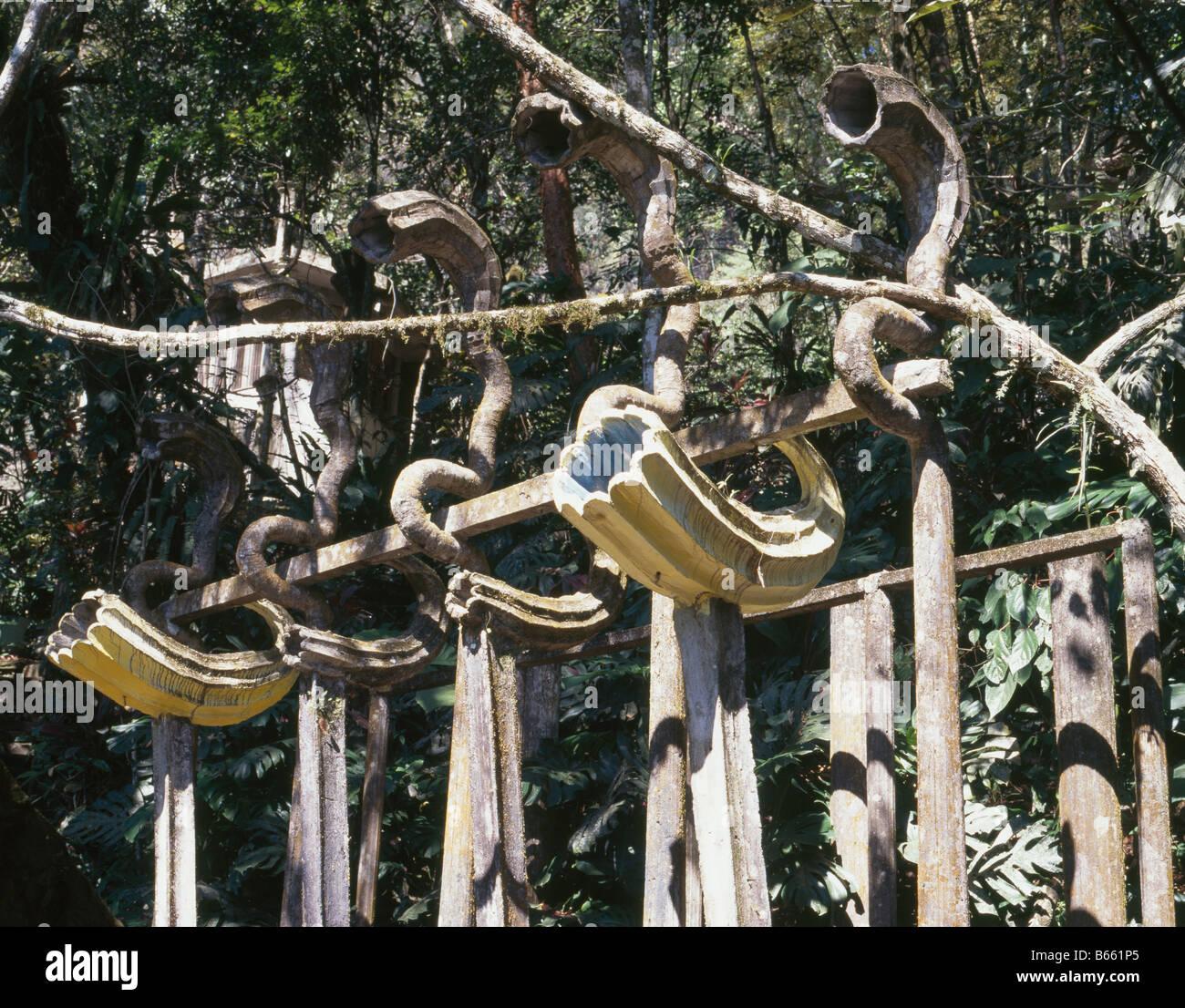 Las Pozas, Mexico. Sculpture With Horns cornucopia - Stock Image