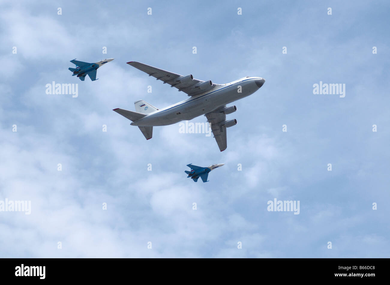 Russian air force Antonov An 124 and 2xSukhoi Su 27 Moscow Victory Parade of 2008 - Stock Image