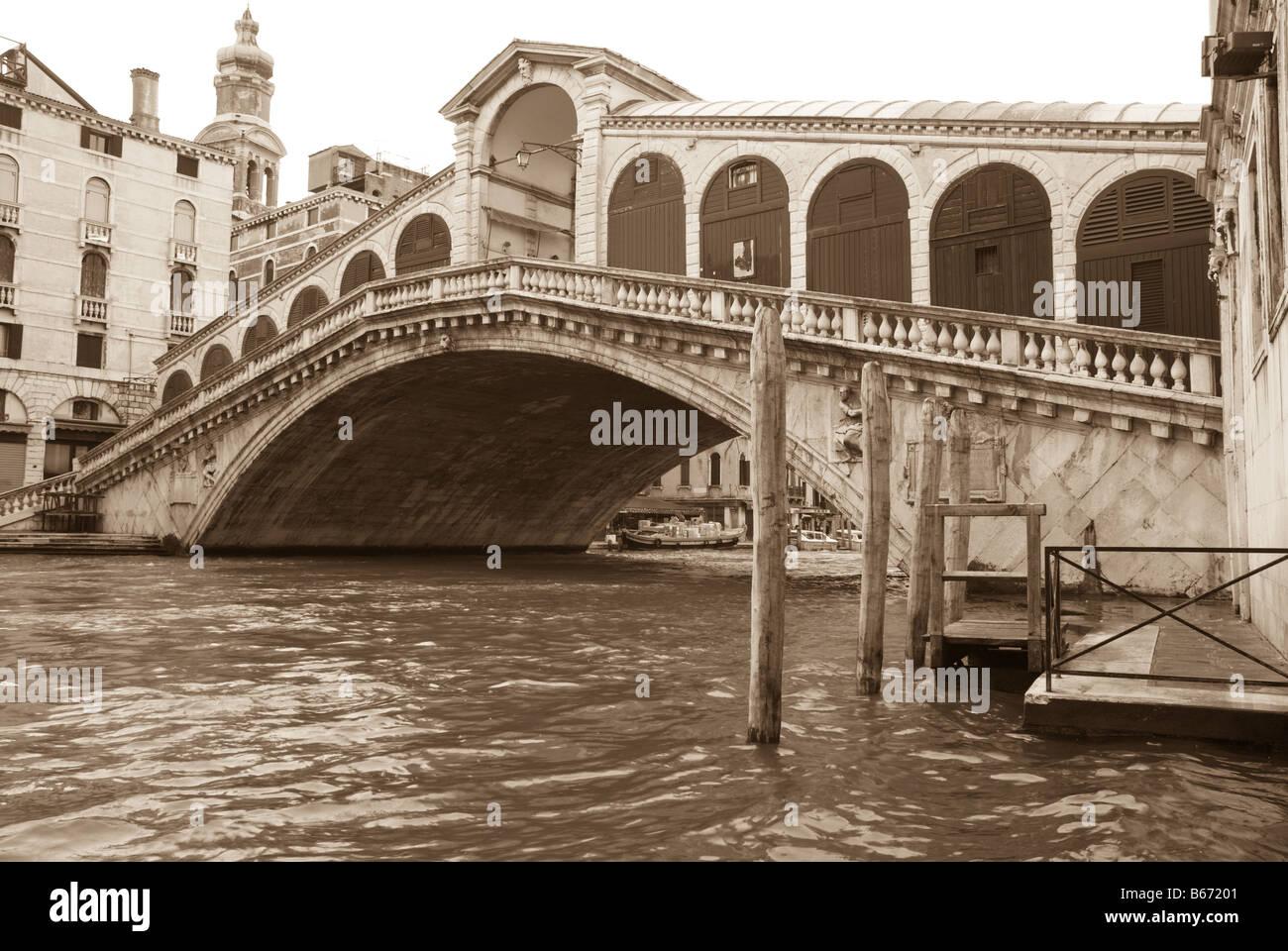 Rialto Bridge, Venice, in sepia tones. - Stock Image