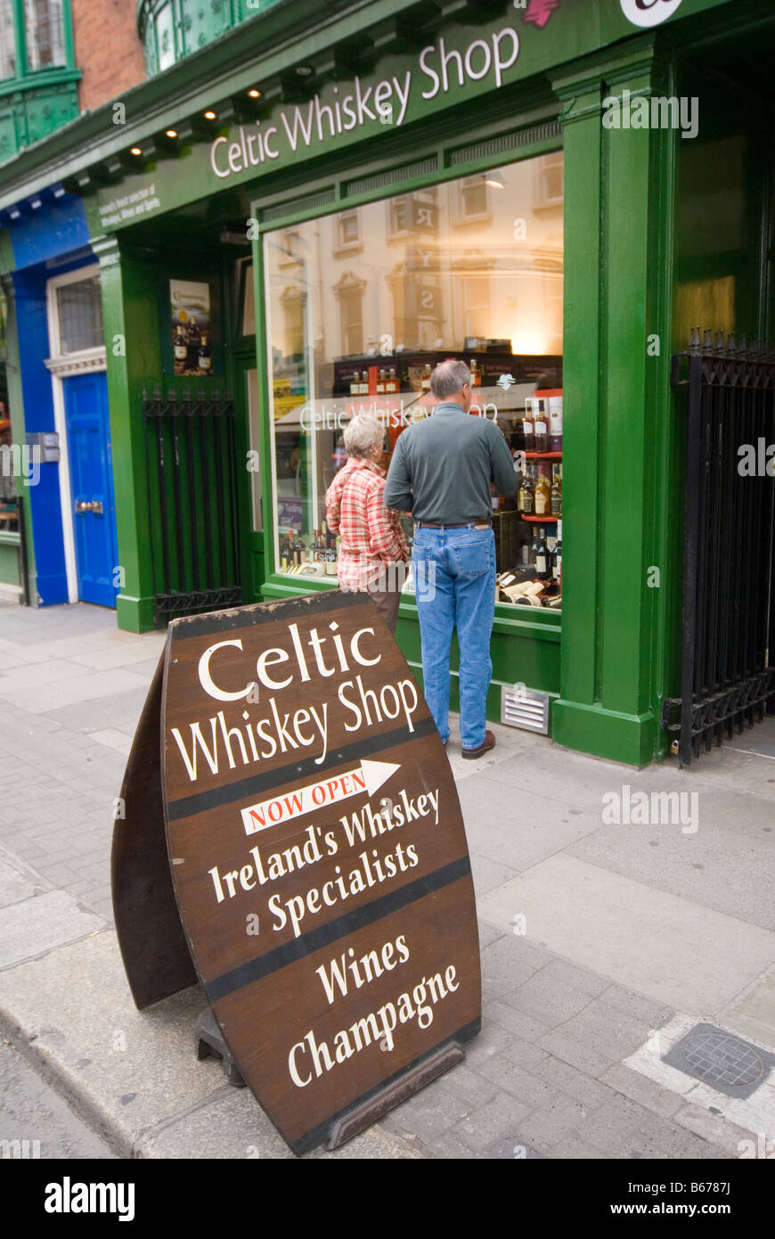 Celtic Whiskey Shop Dublin - Stock Image