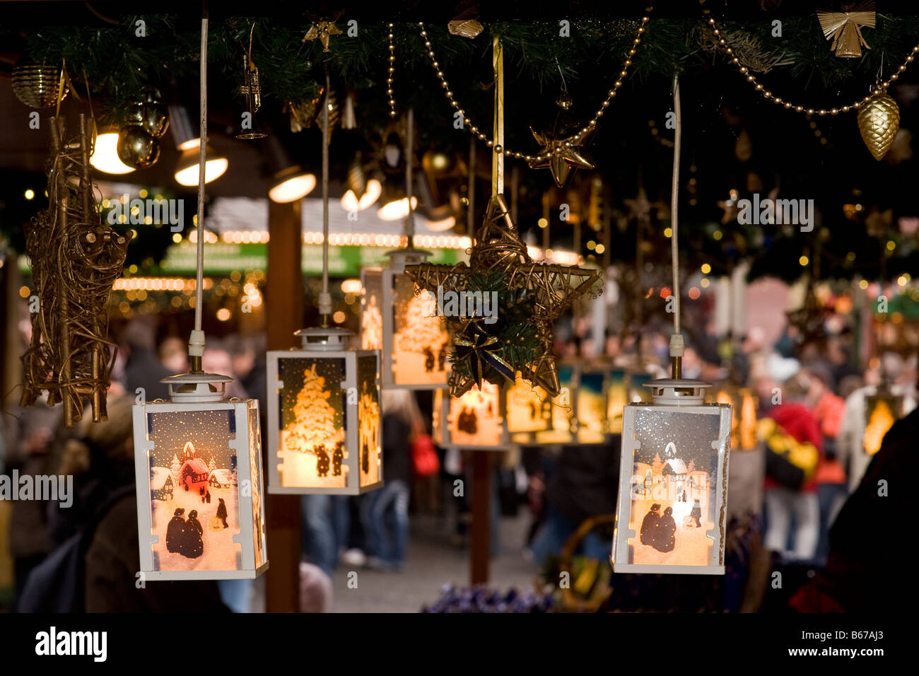 Scenes from a german Christmas market - Stock Image