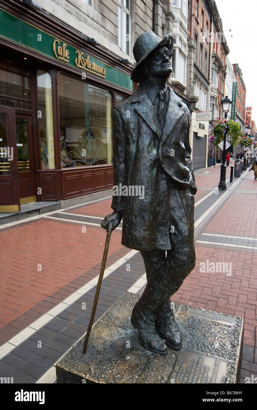 James Joyce Statue in Dublin City Centre - Stock Image