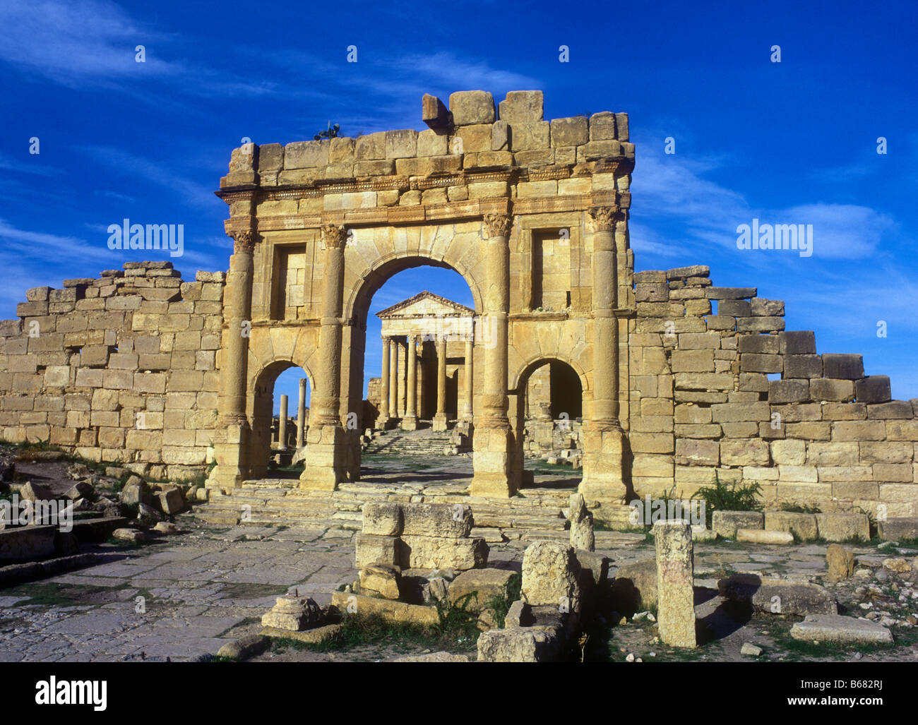 The ancient Roman ruins of Sbeitla (Sufetula) near the city of Kasserine Stock Photo