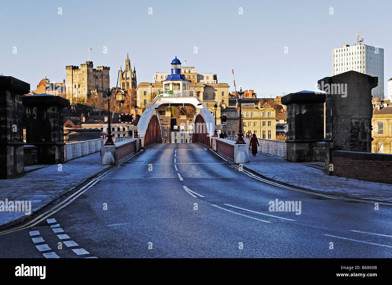 swing bridge between  Newcastle-upon-Tyne and Gateshead,castle - Stock Image