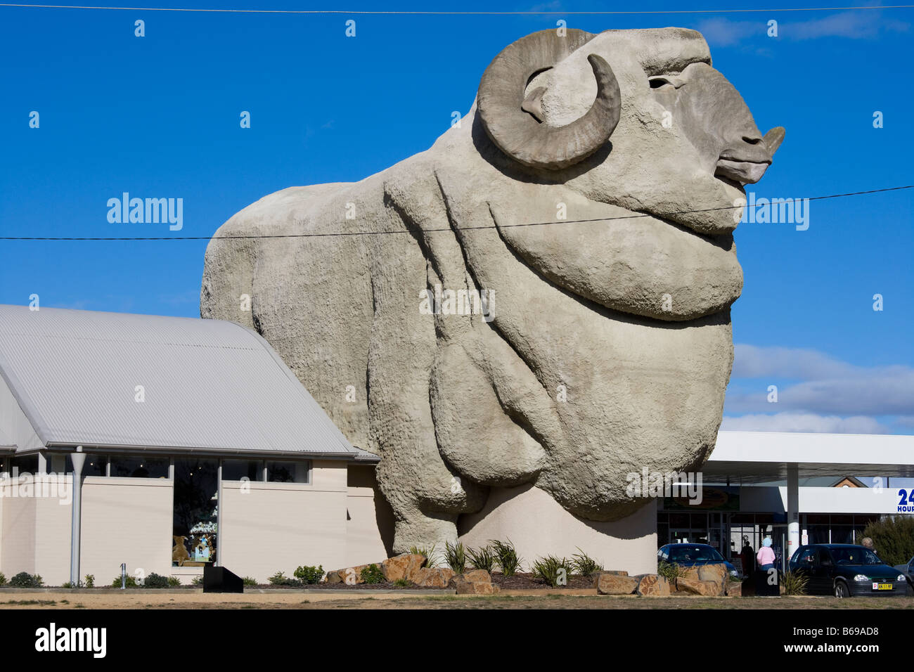 The Big Merino in Goulburn Australia. The worlds biggest Merino sheep statue at 15.2 meters, 97t. - Stock Image