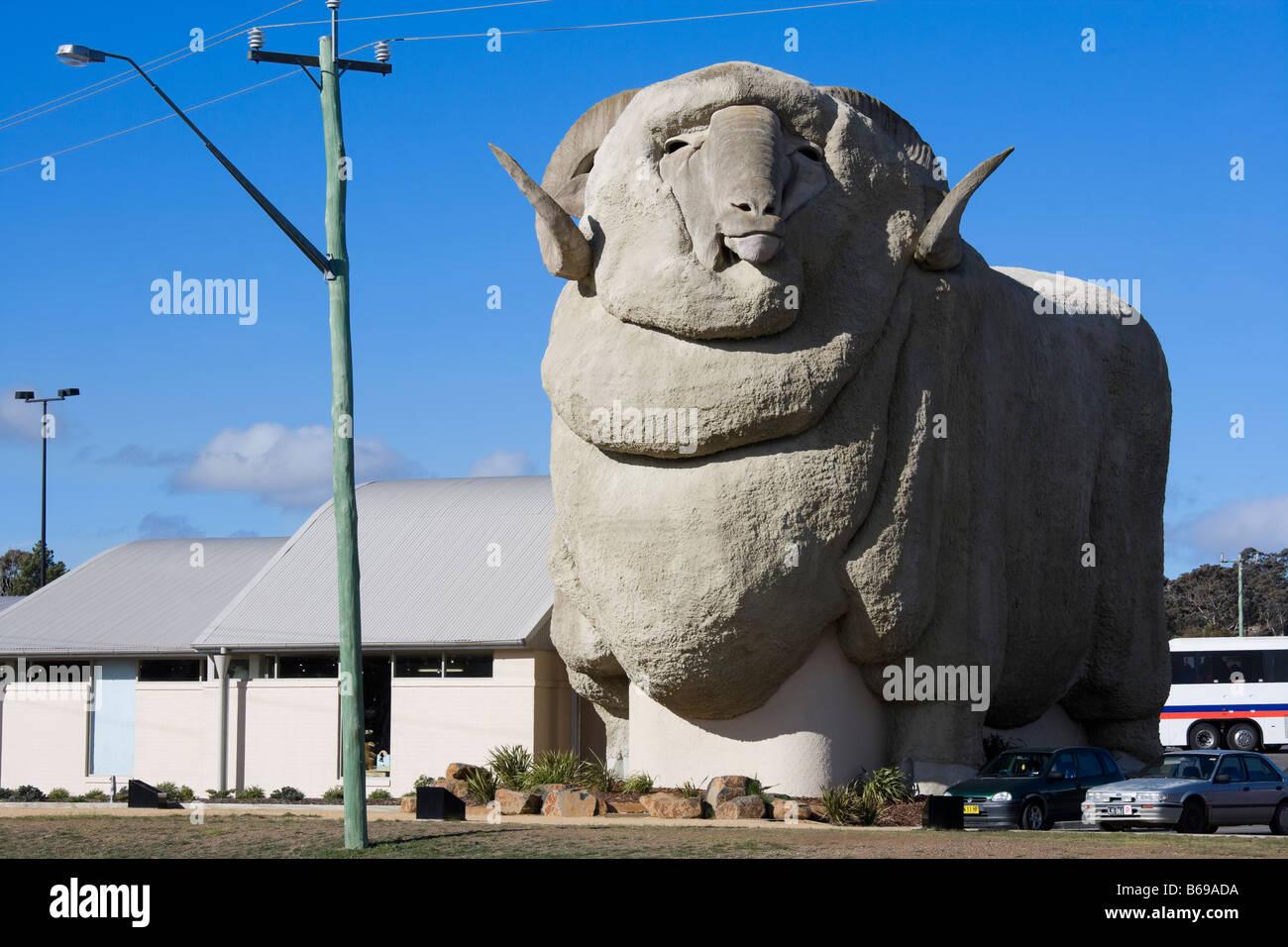 The Big Merino in Goulburn Australia. The worlds biggest Merino statue at 15.2 meters, 97t. - Stock Image