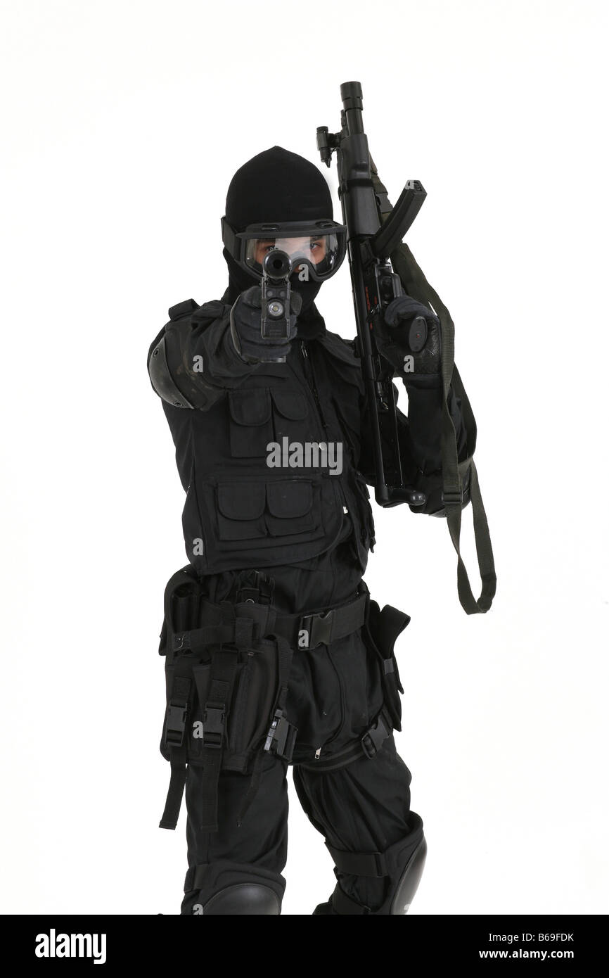 Soldier dressed in the uniform of the SAS SBS and with weapons - Stock Image