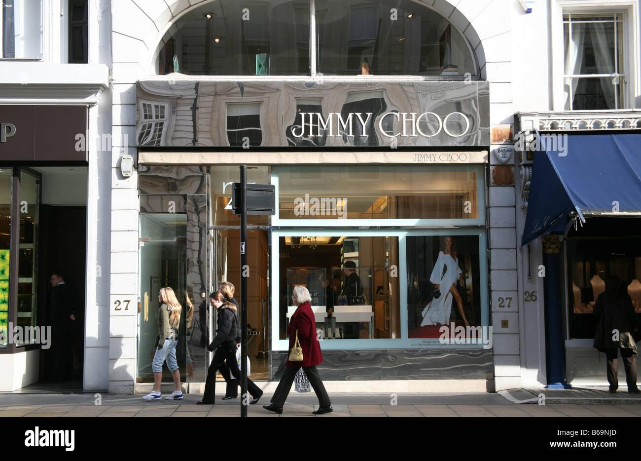99417a38581 Jimmy Choo shop, New Bond Street, London Stock Photo: 21112853 - Alamy