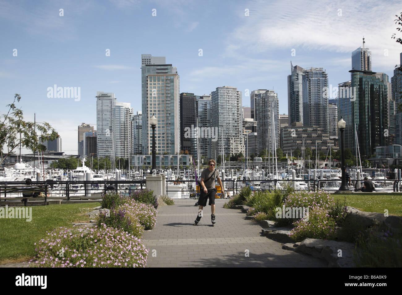 Canada Kanada BC Britisch British Columbia Vancouver Coal Harbour Skater Stock Photo