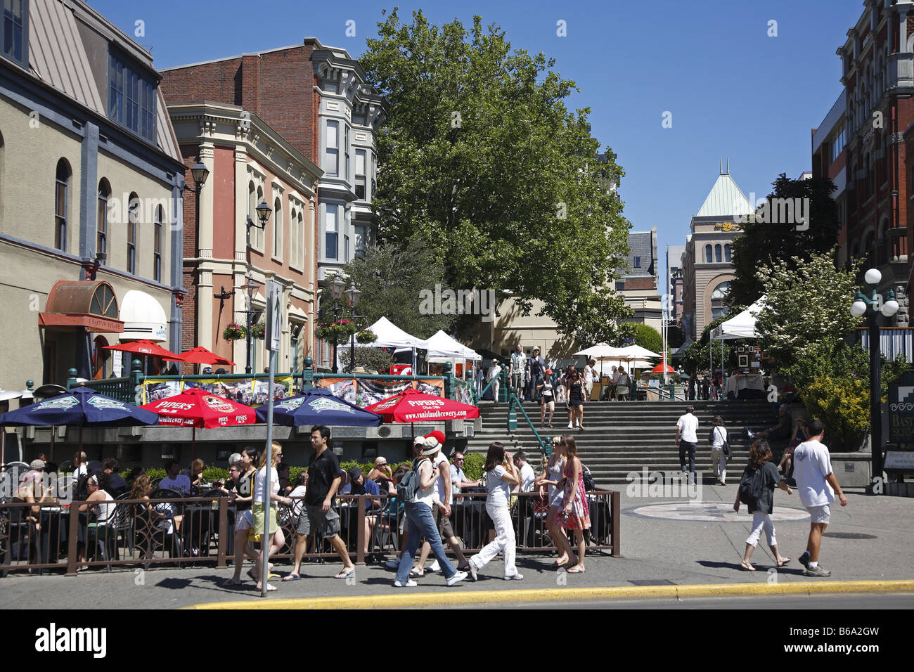 Canada Kanada BC Britisch British Columbia Vancouver Island Victoria Bastion Square Wharf Street - Stock Image
