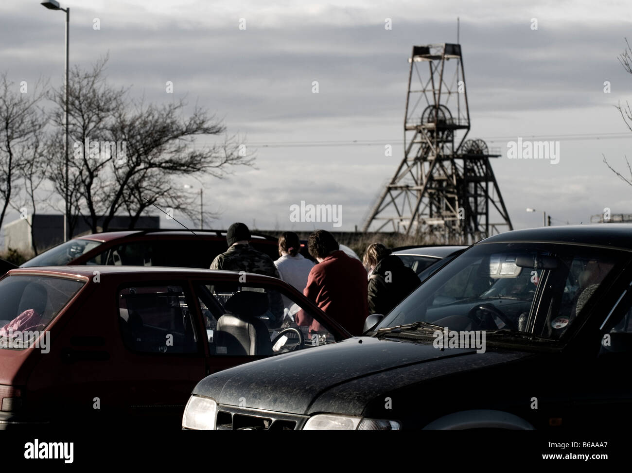 Car park with people, with the old existence of the South Crofty mines - Stock Image