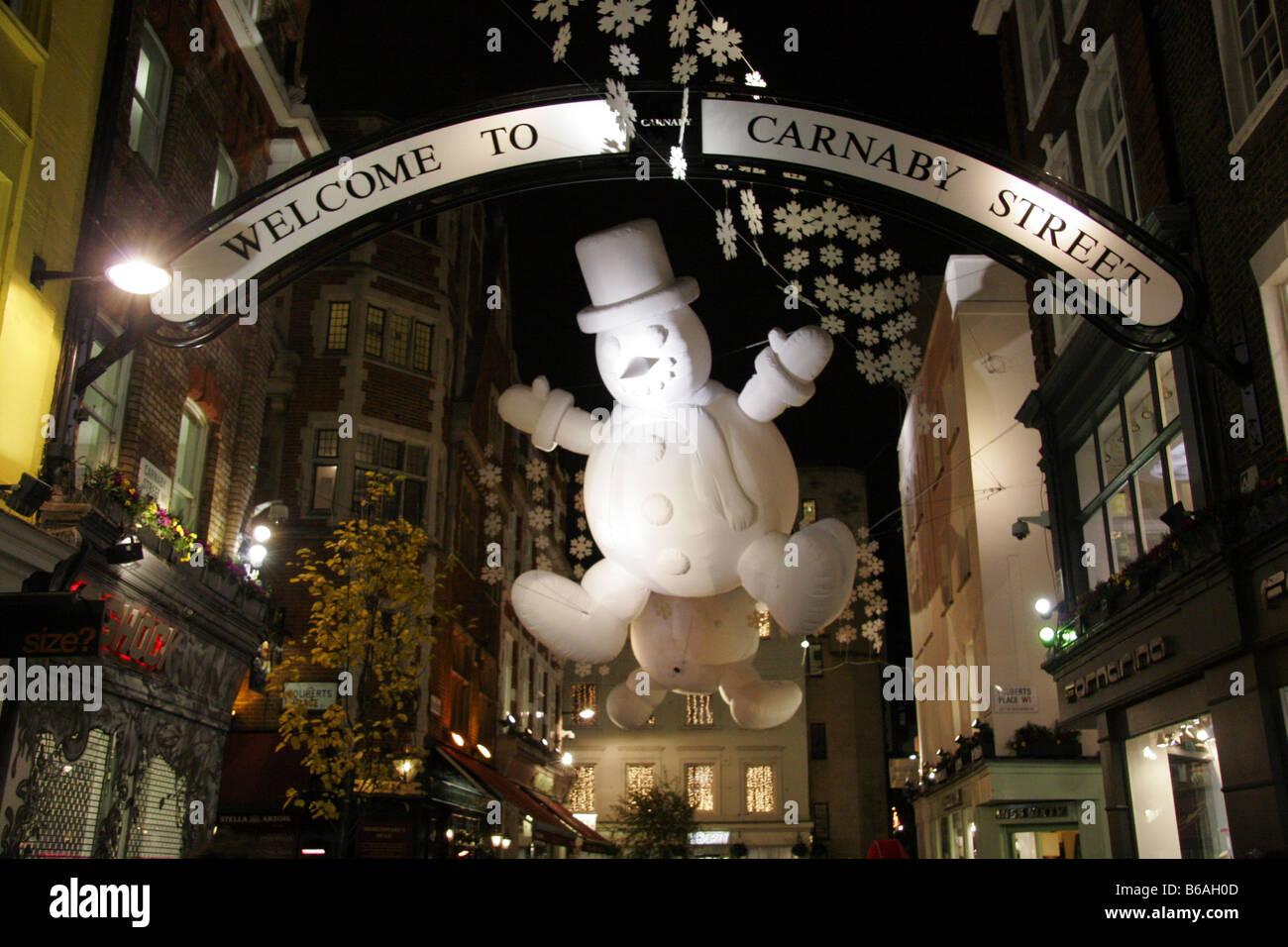 Christmas Snowmen Decorations.Giant Inflattable Snowmen Christmas Decorations In Carnaby