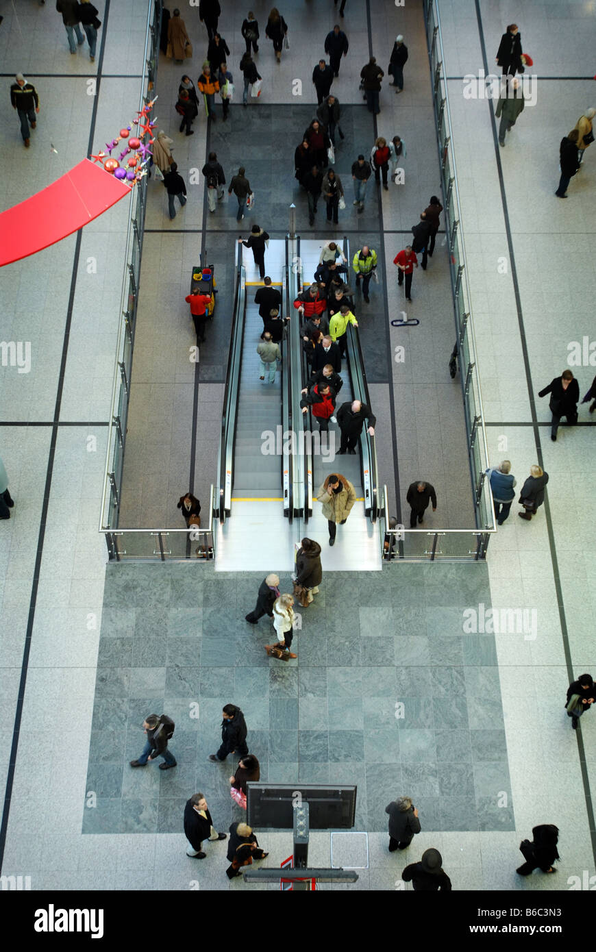 Shoppers in Manchester Arndale - Stock Image