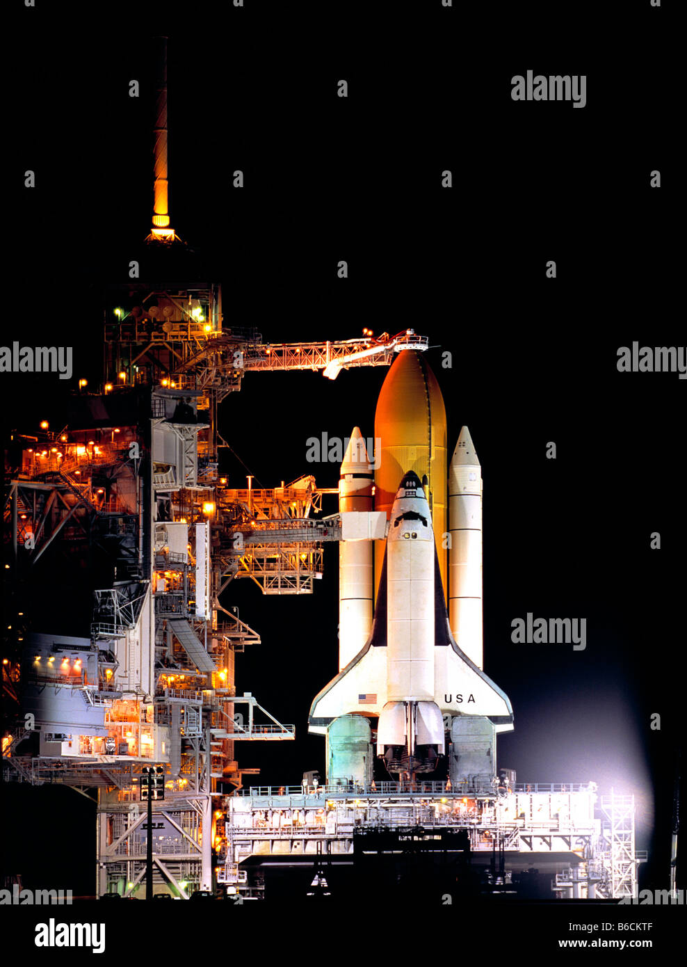 Space shuttle on launch pad at space center, Kennedy Space Center, Florida, USA - Stock Image
