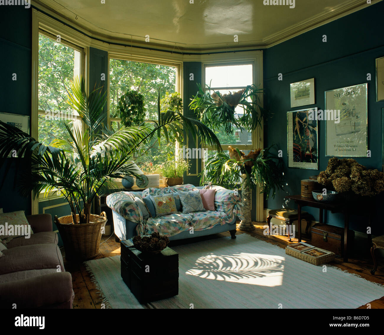 Nice Eighties Style Living Room Interior   Stock Image