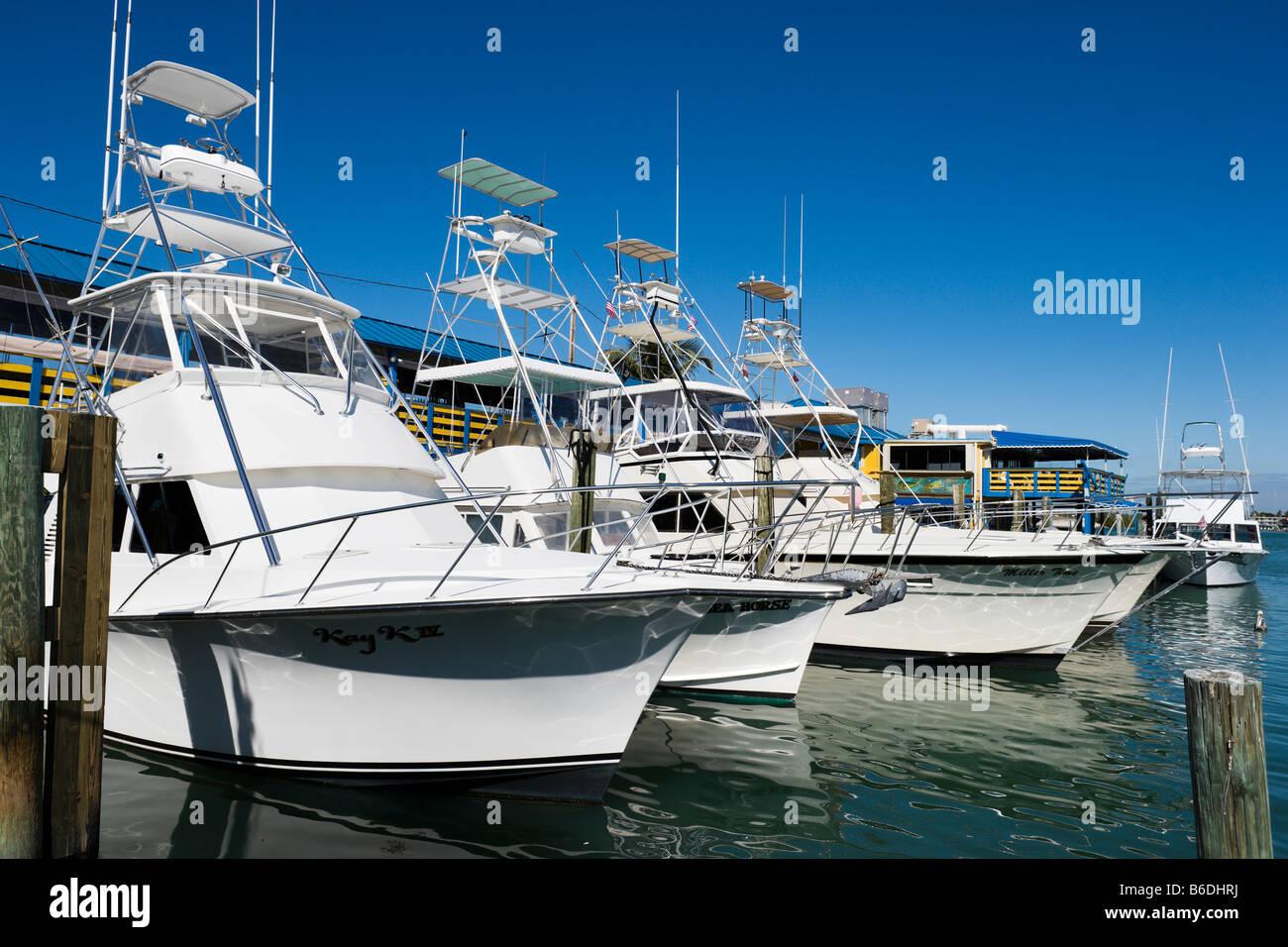 Fishing boats for charter at Whale Harbor, Upper Matecumbe Key, Islamorada, Florida Keys, USA - Stock Image