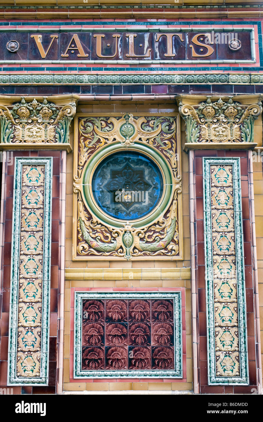 detail of tilework,  The Crown Bar and Liquor Saloon, Belfast, Northern Ireland - Stock Image